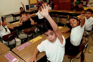children classroom latino